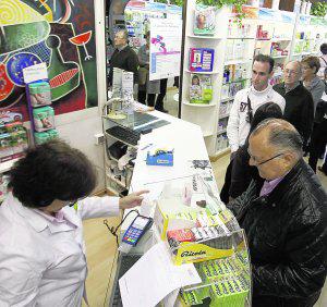 Foto de Montoro salda la deuda con las farmacias tras dos años de asfixia